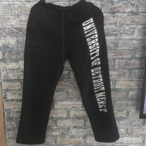 University of Detroit Mercy sweatpants great cond